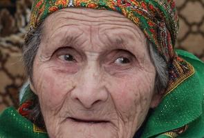 Биография президента России Владимира Путина Биографии и справки  Что долгожительница и Северной Осетии говорит про Путина