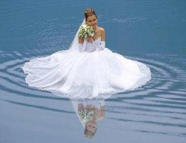 Фотограф сделал фото за секунду до смерти невесты